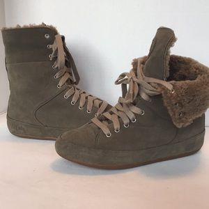 Fitflop Polar sneaker boots size 9 sage leather